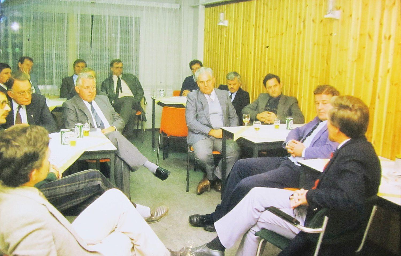Faay Wanden en Plafonds - 45 jaar - vergadering