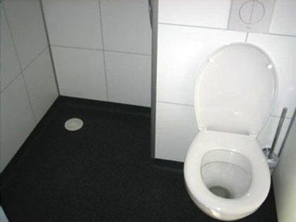 Faay Wanden en Plafonds - De Schutskuil - badkamers trekkershutten
