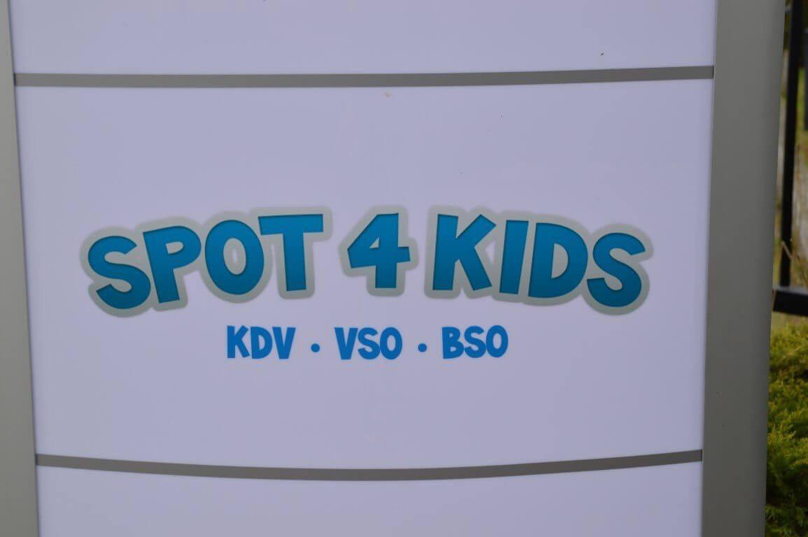 Faay Wanden en Plafonds - Faay wandbespuiting - Spot4kids Lopik