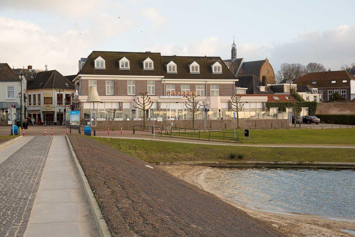 Faay Wanden en Plafonds - IW148 - Kamerscheidende wand - Monopole hotel