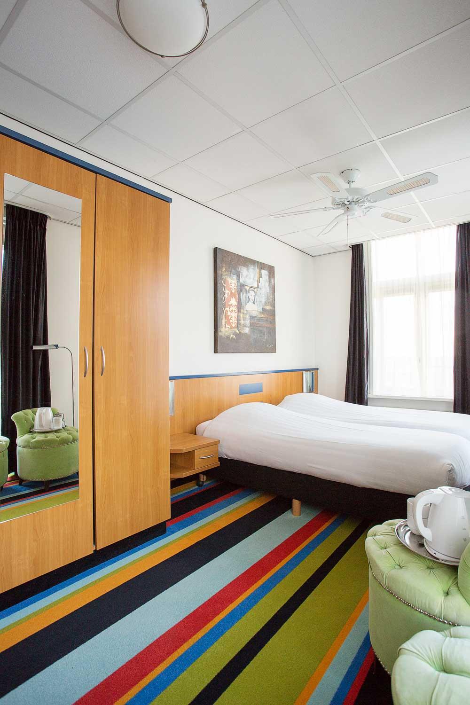 Faay Wanden en Plafonds - IW148 - Kamerscheidende wand - Monopole hotelkamer