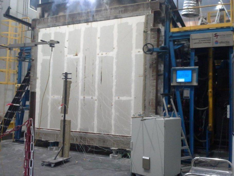Faay Wanden en Plafonds - FAAY IW200 woningscheidende systeemwand - 130 minuten brandwerend