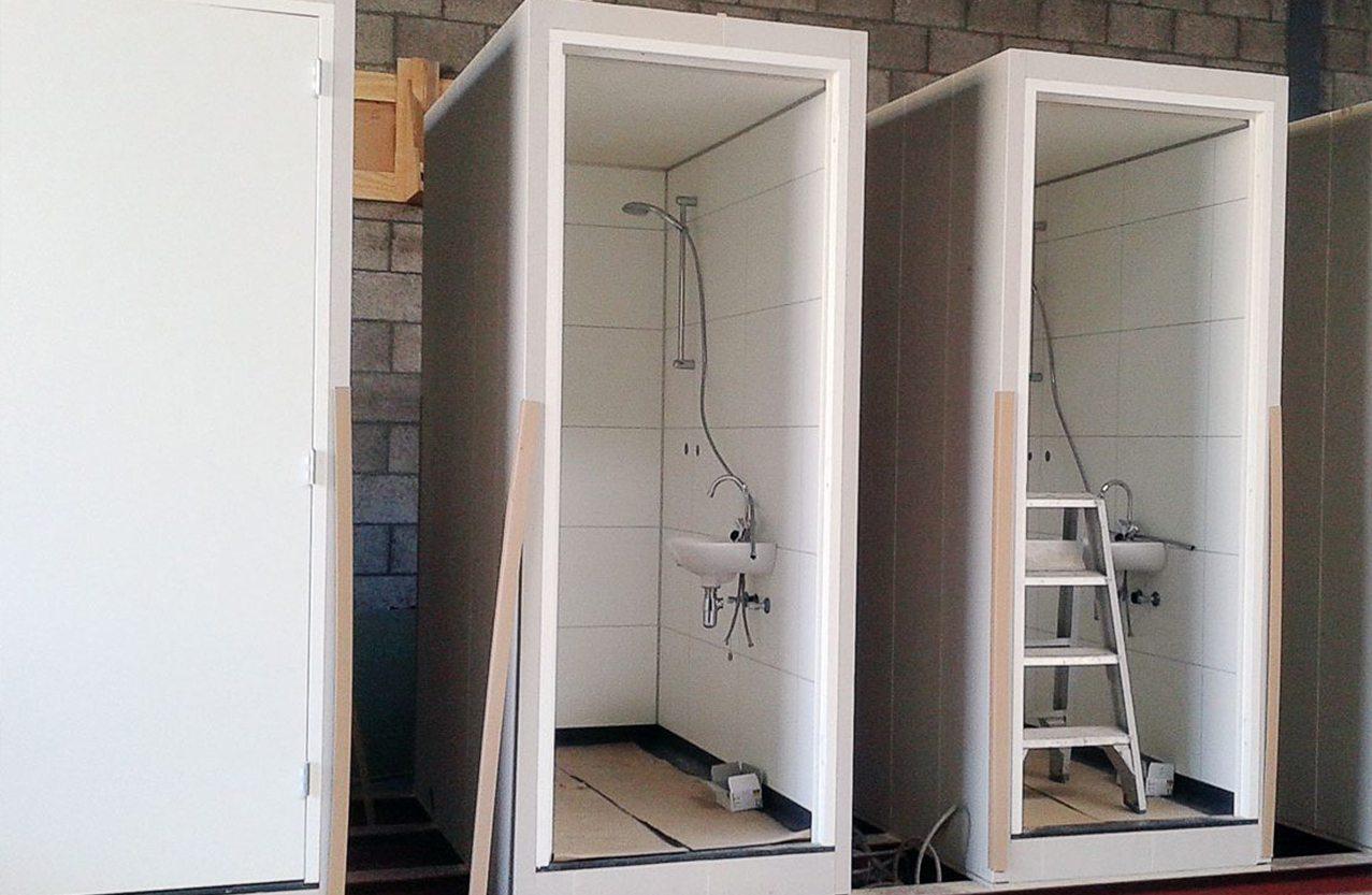 Faay Wanden en Plafonds - Prefab douche - Product op maat