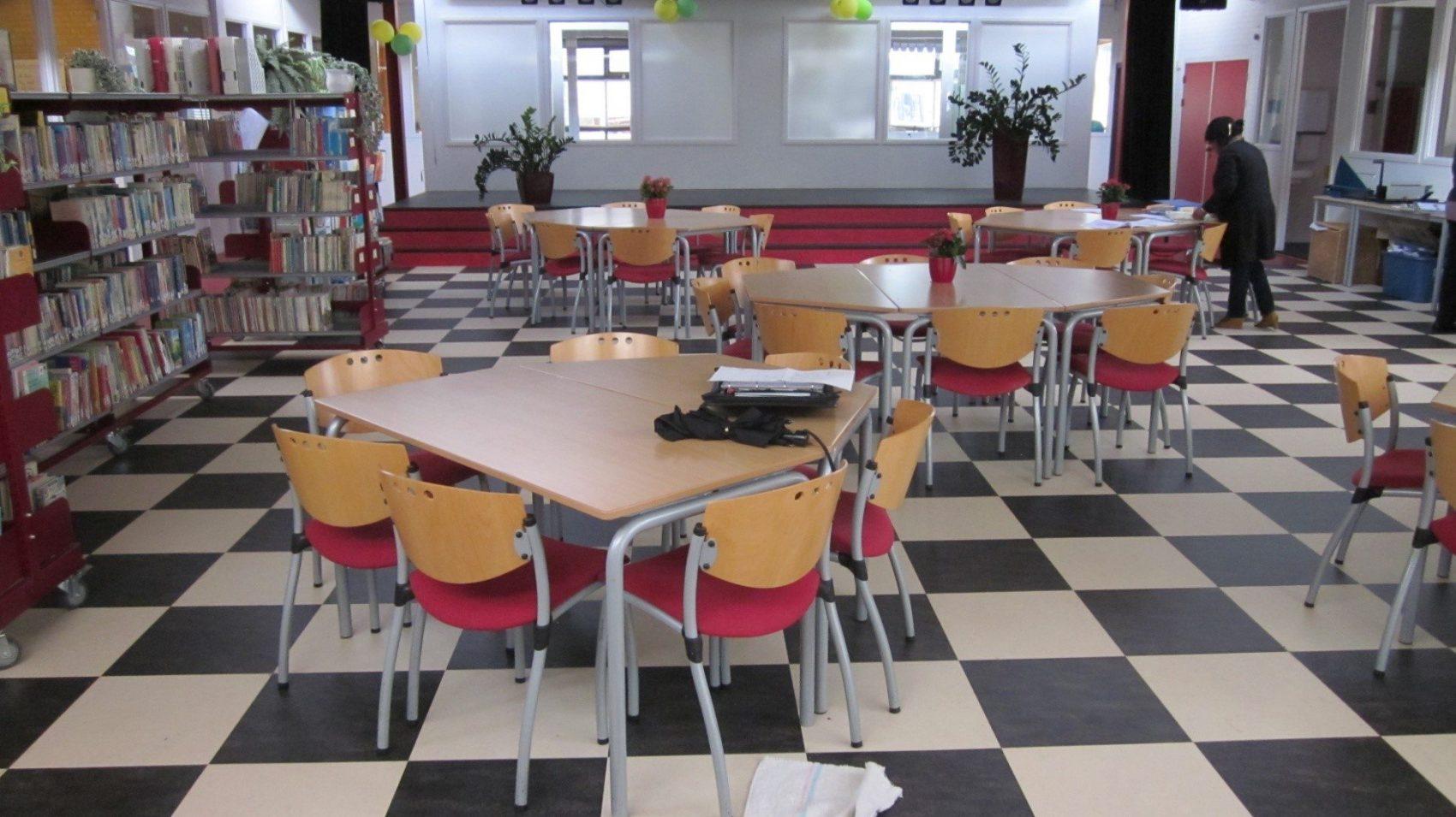 Faay Wanden en Plafonds - lezing - onderwijs